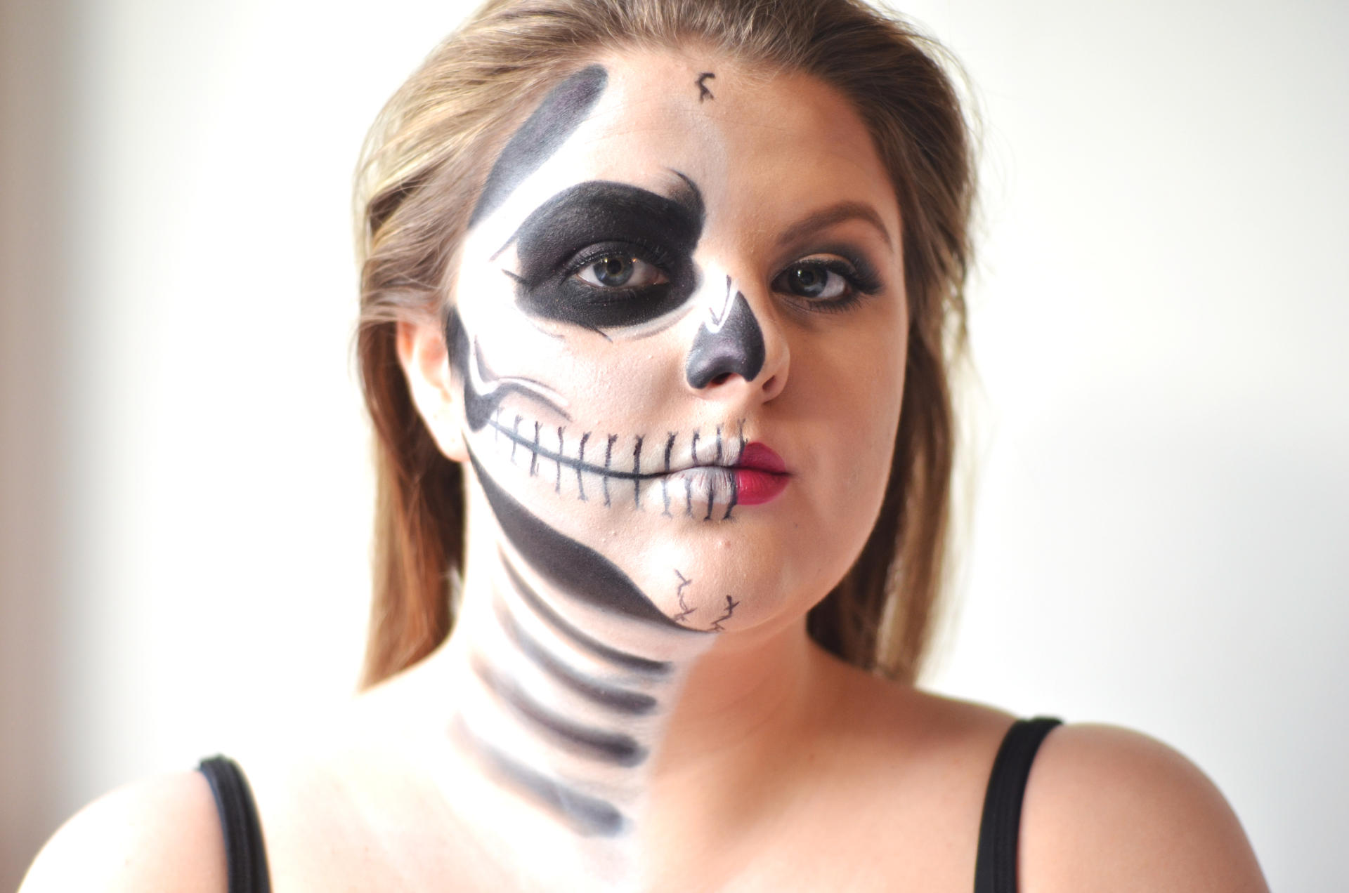 halloween makeup tutorial half skull half glam whatlucyloves. Black Bedroom Furniture Sets. Home Design Ideas